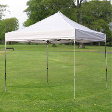 10′ x 10′ white pop-up tent